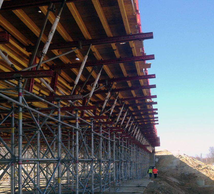 Firma Alsina bierze udział w budowie wiaduktu w Radomiu (Polska)